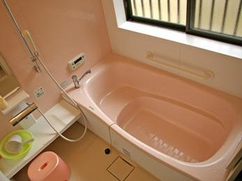 冬でも暖かくお風呂に入れるようになり嬉しいです。