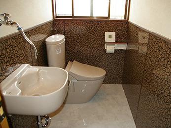 デザイン性のあるトイレに生まれ変わりました。