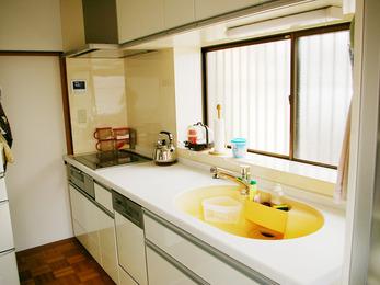 狭かったキッチンが、広くて使いやすく変わりました。