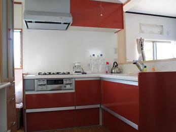 新築のようにピカピカなキッチンになって嬉しいです!