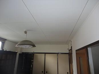 断熱効果のある塗料でどんな季節も快適に過ごせます。