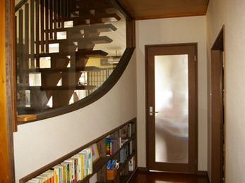 本がたくさんあるので助かりました、有難うございました。