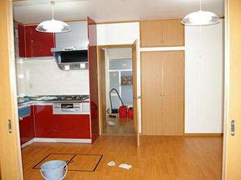 デコボコだった2つの和室がひとつになり、収納がぐんと増えました。