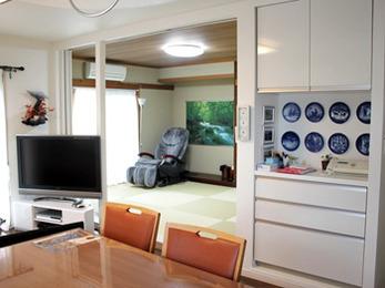 予想以上の仕上がりで、リビングと和室が一続きになり、明るく、広く、快適になりました。