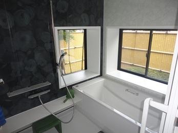 浴室の、「寒い!」「お掃除が大変!」をリフォームで改善