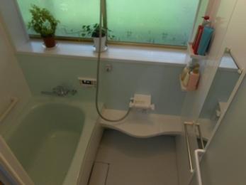 明るく爽やか断熱効果のある浴室にリフォーム!