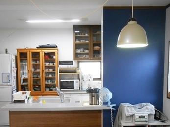 開放感あるオープンな対面キッチンで、お料理もお食事もしやすくなりました♪