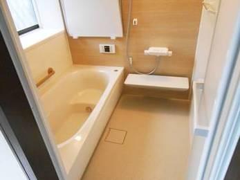 機能が充実!空間から温まるステキな最新浴室リフォーム♪